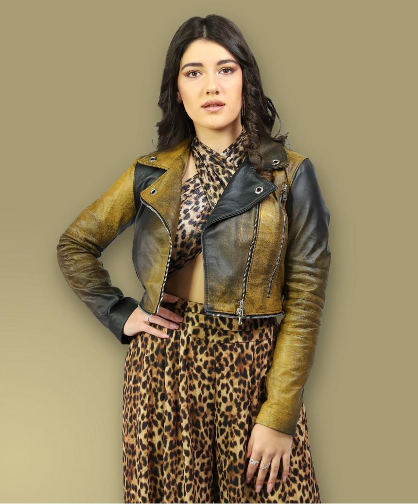 Chiodo Donna - Giacca Borchiata in Vera Pelle con Cintura colore Rosso Oil Vintage
